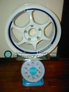 YOKOHAMA ADVAN RG15inch 7J offset+44mm PCD114.3mm-5H重量計測結果
