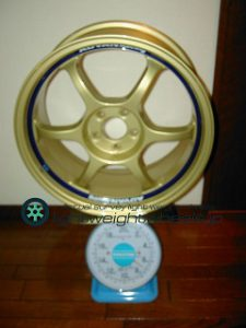 YOKOHAMA ADVAN Racing RG17inch 7.5J offset+45mm PCD100mm-5H 重量計測画像