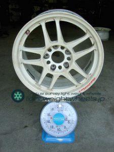RACING HART CP-035 16inch7.5Joffset+42mmPCD114.3mm-5H重量計測画像