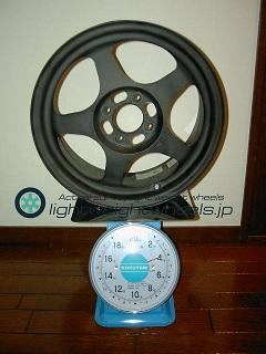 SPOON SW388 15inchoffset+45mmpcd100-4h重量計測画像