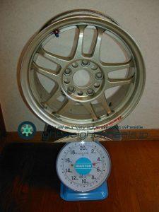 HART CP-035 15inch 6.5j offset+45mm PCD114.3mm-5h重量計測画像