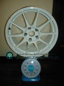 ENKEI Racing WTE2 17inch 85j offset+35mm PCD114.3mm-5h重量計測画像