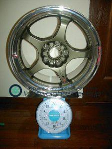Racing HART CP-F tuneR 17inch 9J offset+42mm PCD114.3mm-5h重量計測画像