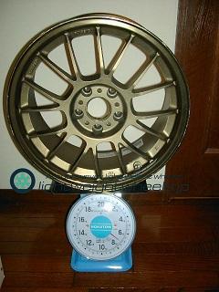 RAYS VOLK Racing se37K 17inch 8.5j offset+40mm PCD114.3mm5h重量計測画像