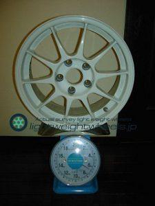 ENKEI SPORT ES-TARMAC 16inch 7J offset+38mm PCD114.3mm-5H重量計測画像