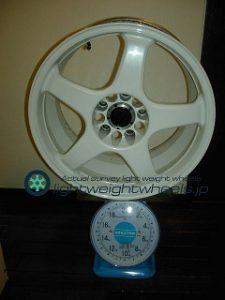 ENKEI Racing LINE RE-5 17inch 9J offset+35mm PCD114.3mm-5h重量計測画像