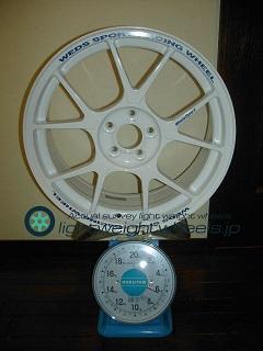 WEDS TC-005 17inch 7J offset+48mm PCD100mm-5h重量計測画像
