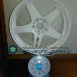 RALLIART Evolution R-01 18inch 8.5J offset+35mm PCD114.3mm-5H重量計測画像