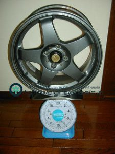 RALLIART Evolution R-01 16inch 7J offset+40mm PCD100mm-4H重量計測画像