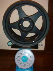 SPOON SW388 16inch 8J offset+45mm PCD114.3mm-5H 重量計測画像