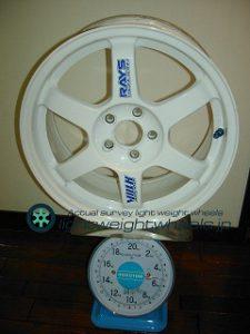 RAYS VOLK Racing TE37 16inch 7J offset+46mm PCD100mm-5H 重量計測画像