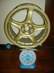 YOKOHAMA ADVAN Racing RC 17inch 7J offset+48mm PCD100mm-5H 重量計測画像