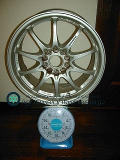 RAYS VOLK Racing CE28N 17inch 7.5J offset+43mm PCD114.3mm-5H 重量計測画像
