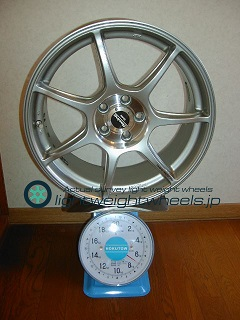 ENKEI Racing RS+m 17inch 7.5J offset+48mm PCD100mm-5H 重量計測画像