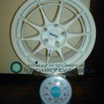 ENKEI Racing NT03 17inch 8J offset+35mm PCD114.3mm-5H 重量計測画像