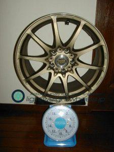 RAYS VOLK Racing CE28NF 17inch 8.5J offset+38mm PCD114.3mm-5H 重量計測画像