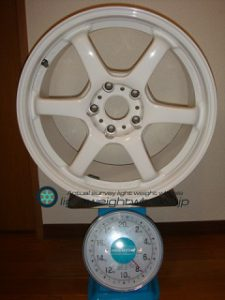 BRIDGESTONE FVS Prodrive GC-06D 17inch 8.5J offset+44mm PCD114.3mm-5H 重量計測画像