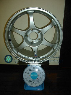 SSR TYPE C 17inch 8.5J offset+30mm PCD114.3mm-5H 重量計測画像