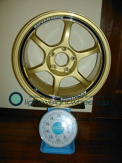 YOKOHAMA ADVAN Racing RG 17inch 8.5J offset+37mm PCD114.3mm-5H 重量計測画像