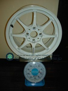 RAYS VOLK Racing CE28N 16inch 7J offset+28mm PCD108mm-4H 重量計測画像