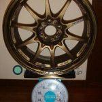 RAYS VOLK Racing CE28N 17inch 8J offset+44mm PCD100mm-5H 重量計測画像