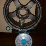 REAL STARFORM REALRacing2 15inch 7J offset+45mm PCD114.3mm-5H 重量計測画像