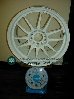 REAL STARFORM REALRacing/ModelⅡ 17inch 8.5J offset+38mm PCD114.3mm-5H 重量計測画像