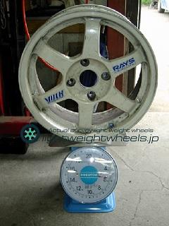 RAYS VOLK Racing TE37 16inch 7J offset+42mm PCD114.3mm-4H 重量計測画像