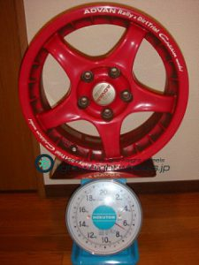 YOKOHAMA ADVAN Racing RC 15inch 6.5J offset+45mm PCD114.3mm-5H 重量計測画像