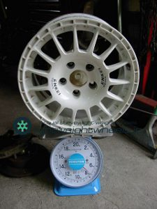 ENKEI SPORTS ES-GRAVEL 15inch 7J offset+35mm PCD114.3mm-5H 重量計測画像