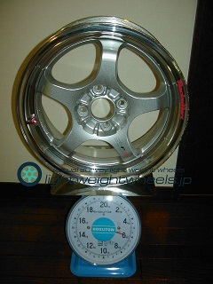 TAKECHI PROJECT RACING HART CP-F Tune R 15inch 6.5J offset+35mm PCD100mm-4H重量計測画像