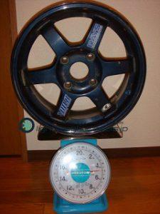 RAYS VOLK Racing TE37 15inch 7J offset+43mm PCD114.3mm-4H重量計測画像