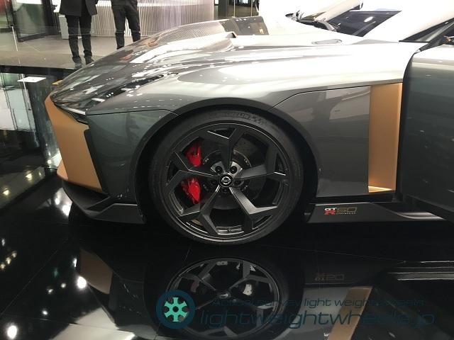 NISSAN GT-R50 by Italdesign前輪
