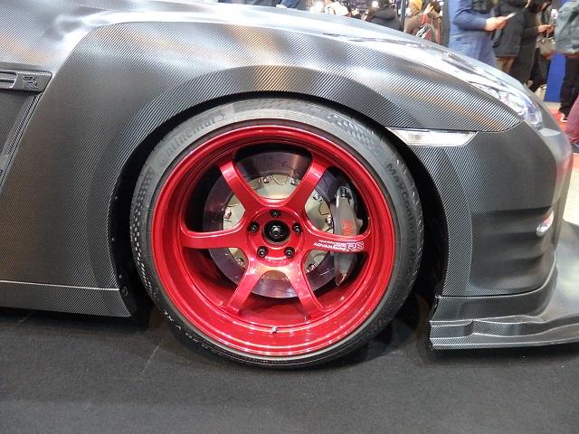 ADVAN Racing R6 for R35GT-R