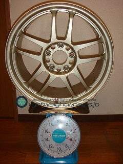 TAKECHI PROJECT RACING HART CP-035 17inch 7.5J offset+48mm PCD114.3mm-5H 重量計測画像
