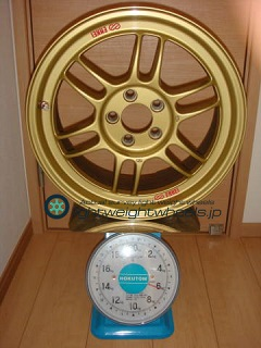 ENKEI Racing RPF1 16inch 7J offset+45mm PCD100mm-5H 重量計測画像