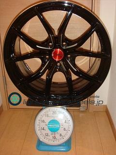 RAYS Gramlights 57FXX 18inch 9J offset+30mm PCD114.3mm-5H 重量計測画像