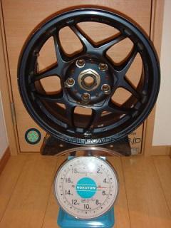SSR Racing Firenze PRO 15inch 7J offset+43mm PCD114.3mm-5H 重量計測画像