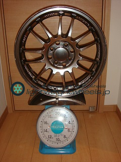 RAYS VOLK Racing RE30 16inch 5.5J offset+45mm PCD100mm-4H 重量計測画像