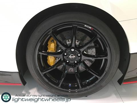 NISSAN GT-R NISMO 2020年モデル後輪画像