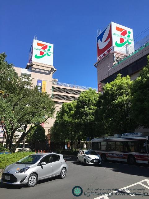武蔵境駅前