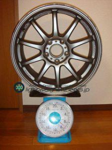 BRIDGESTONE FVS Prodrive GC-010G 17inch 7.5J offset+50mm PCD114.3mm-5H 重量計測画像