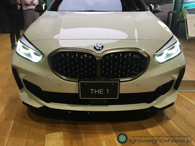 F40 type BMW 1 seriesキドニーグリル