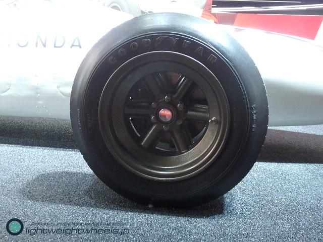 Honda RA272前輪画像