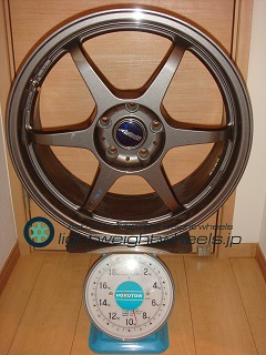 Buddy club P1 Racing SF 18inch 7.5J offset+42mm PCD114.3mm-5H 重量計測画像