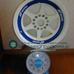 WORK MEISTER S2 15inch 7J offset+0mm PCD114.3mm-4H 重量計測画像