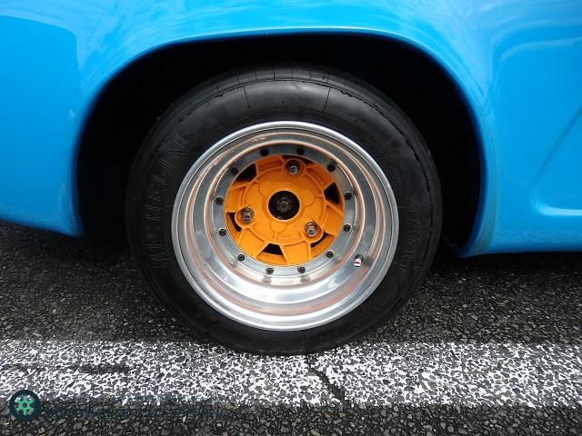 Alpine A110 後輪