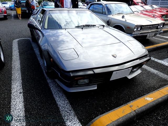 Lamborghini Jalpa front