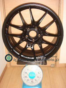 ENKEI Racing GTC02 19inch 8.5J offset+35mm PCD120mm-5H 重量計測画像