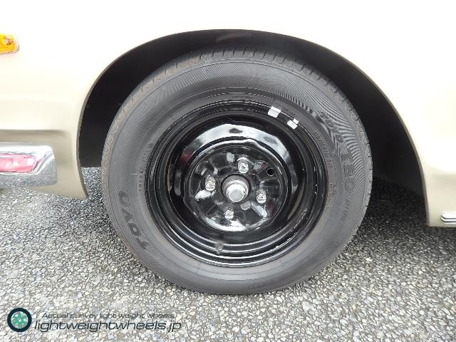 C10型日産スカイライン2400GT後輪